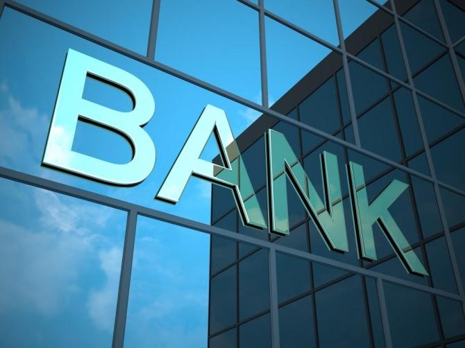 Bakıda bank əməkdaşı 20 min manat borca görə intihar etdi