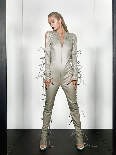 Paris Hiltondan qeyri-adi fotosessiya (FOTO)