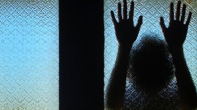 13 yaşlı qızı evinə salıb zorladı, sonra bıçaq və balta ilə... – Azərbaycanda DƏHŞƏTLİ OLAY