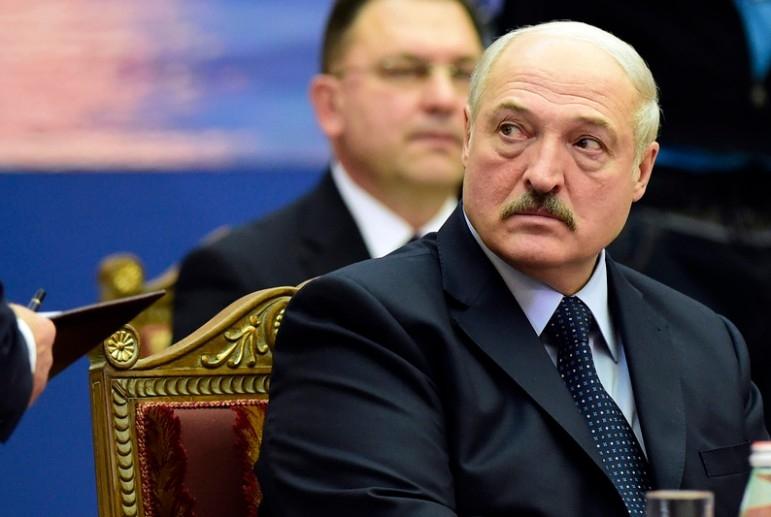 Lukaşenko gedir? - Belarusda siyasi gərginlik