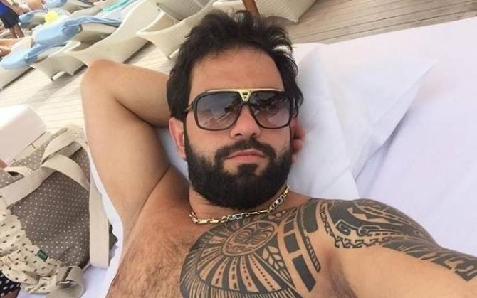 """""""26-lar"""" kafesinin sahibinin oğlu, """"Gelandevagen""""li Qasımov niyə bıçaqlanıb? – FOTO"""
