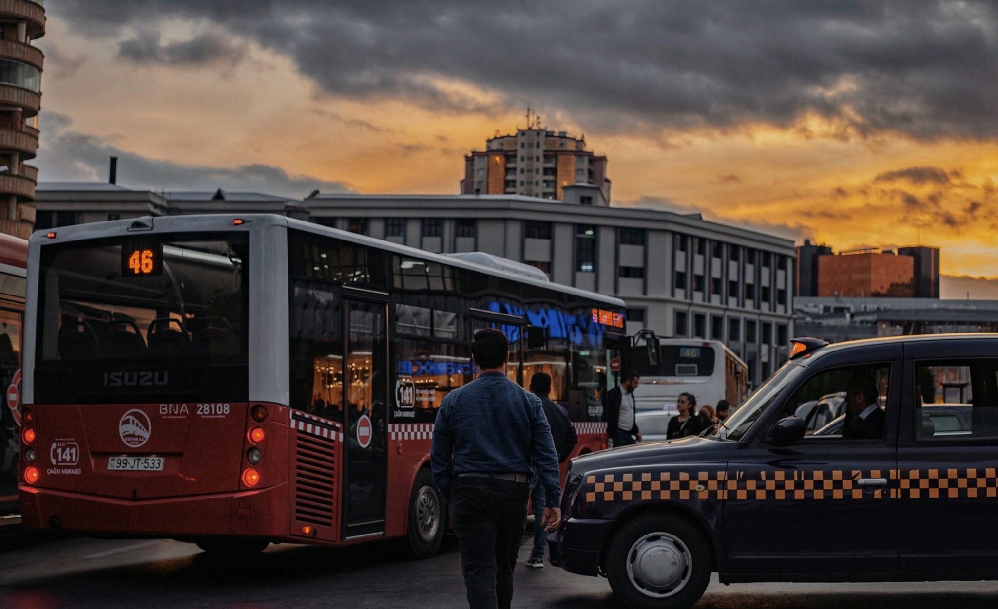 Avtobuslarda qiymət artımı ilə bağlı iddiaya RƏSMİ AÇIQLAMA