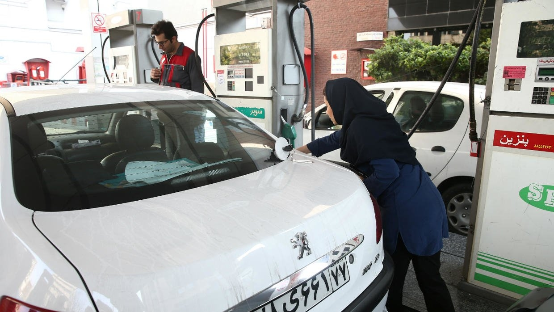 İranda benzinin bahalaşması ilə bağlı əhaliyə pul veriləcək
