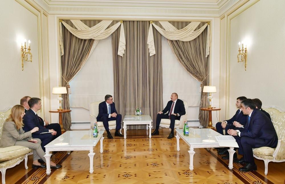 Prezident İlham Əliyev CISCO şirkətinin nümayəndə heyətini qəbul edib - FOTO