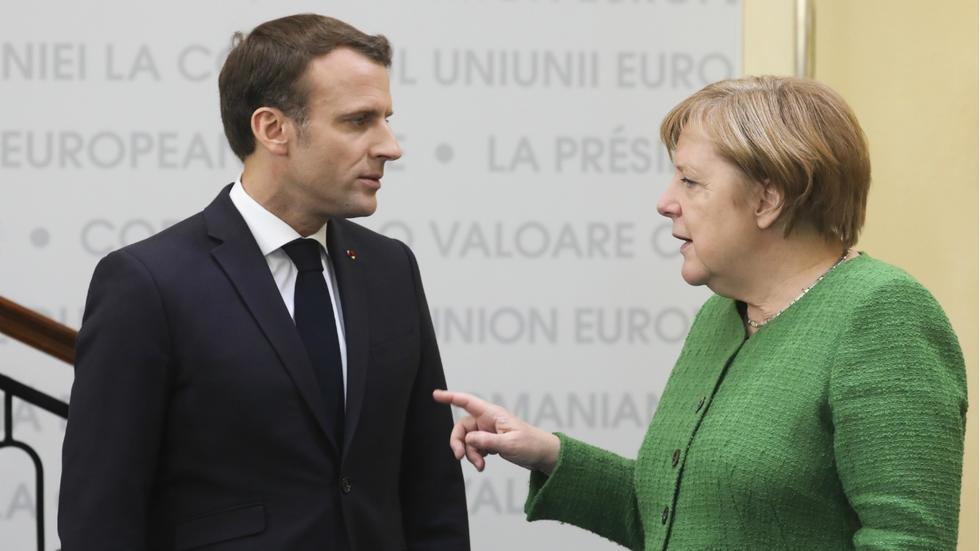 Merkel və Makron AB sammitində mübahisə ediblər