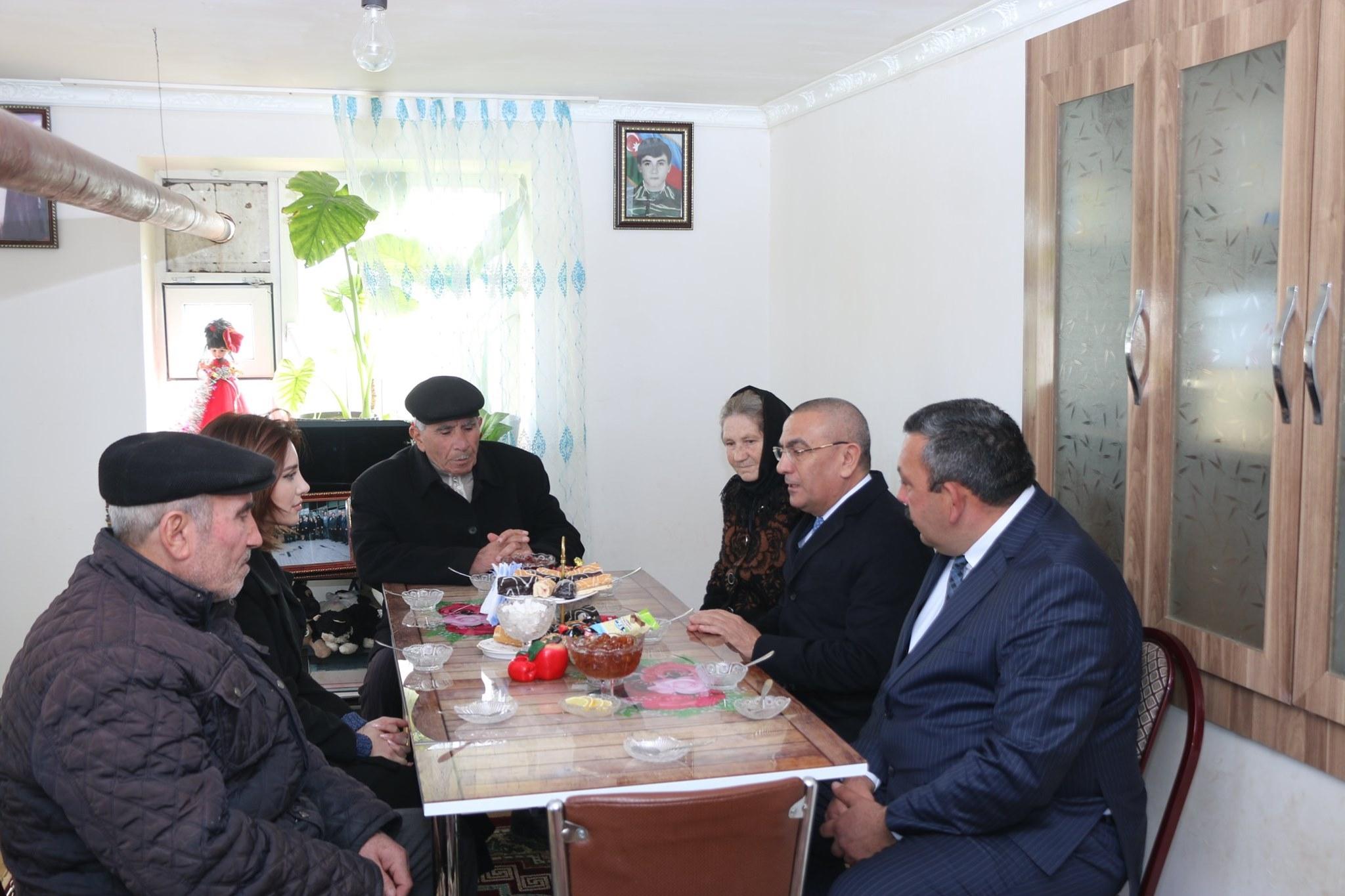 DTX-nın əməliyyatından sonra Şəmkirin icra başçısının bu görüntüləri yayıldı — FOTO