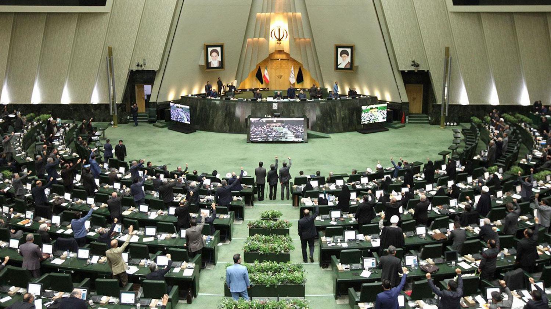 İranda 23 deputat koronavirusa yoluxub