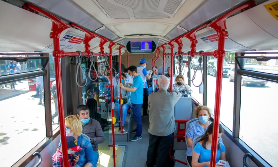 Avtobuslarda kondisionerlər bu səbəbdən yandırılmır - RƏSMİ