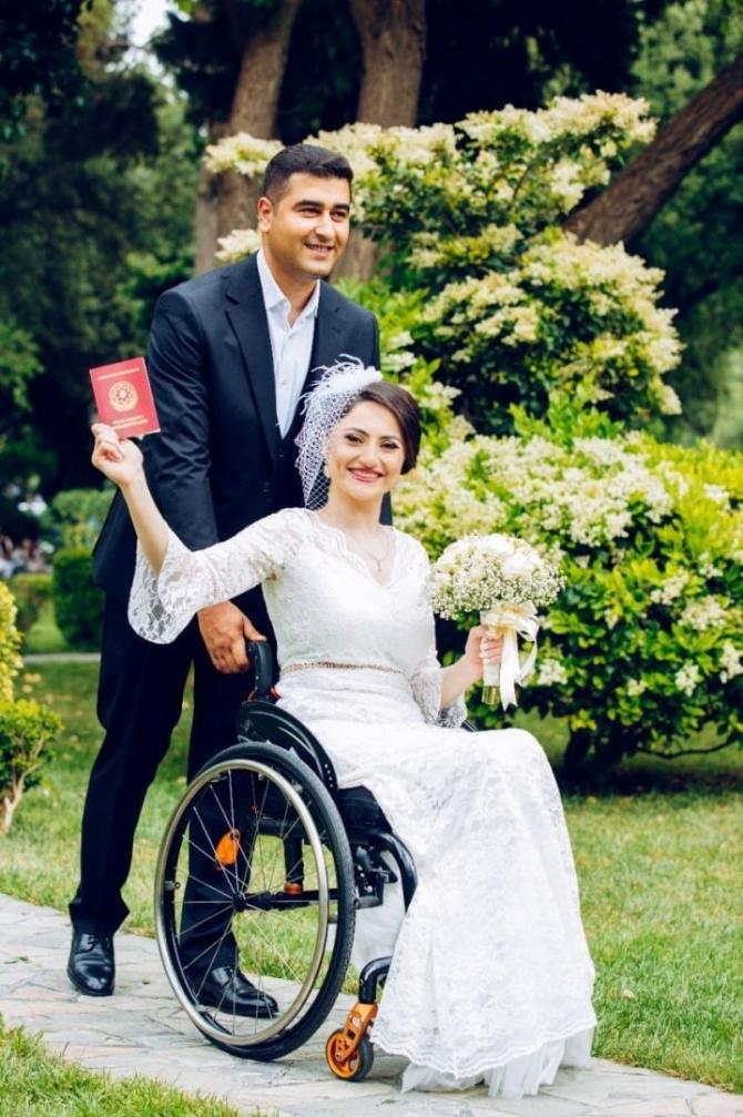 Vüsalə Kərimova Vətən Müharibəsi iştirakçısı ilə evləndi - FOTO
